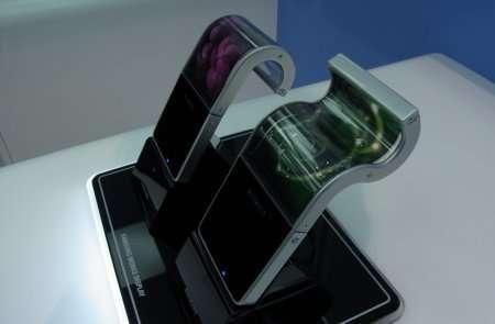 Samsung продемонстрировал гибкий OLED дисплей