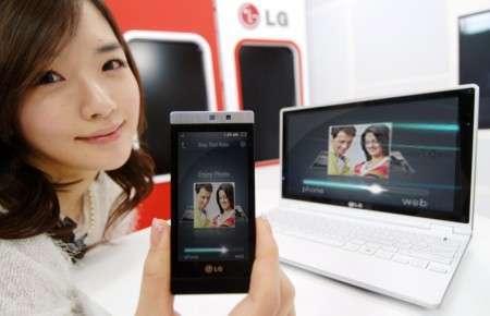 Телефон LG Mini