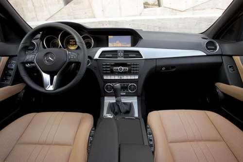 «Мерседес-Бенц» представил новое поколение автомобилей С-Kласса