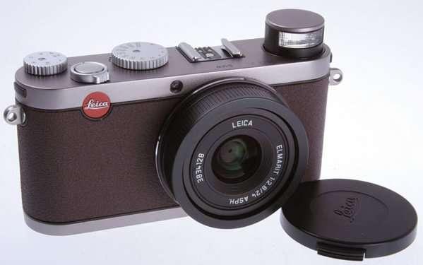 Leica і BMW випустили фотокамеру
